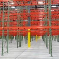 Warehouse selective pallet rack