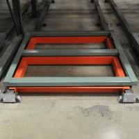 Warehouse shelving push-back carts