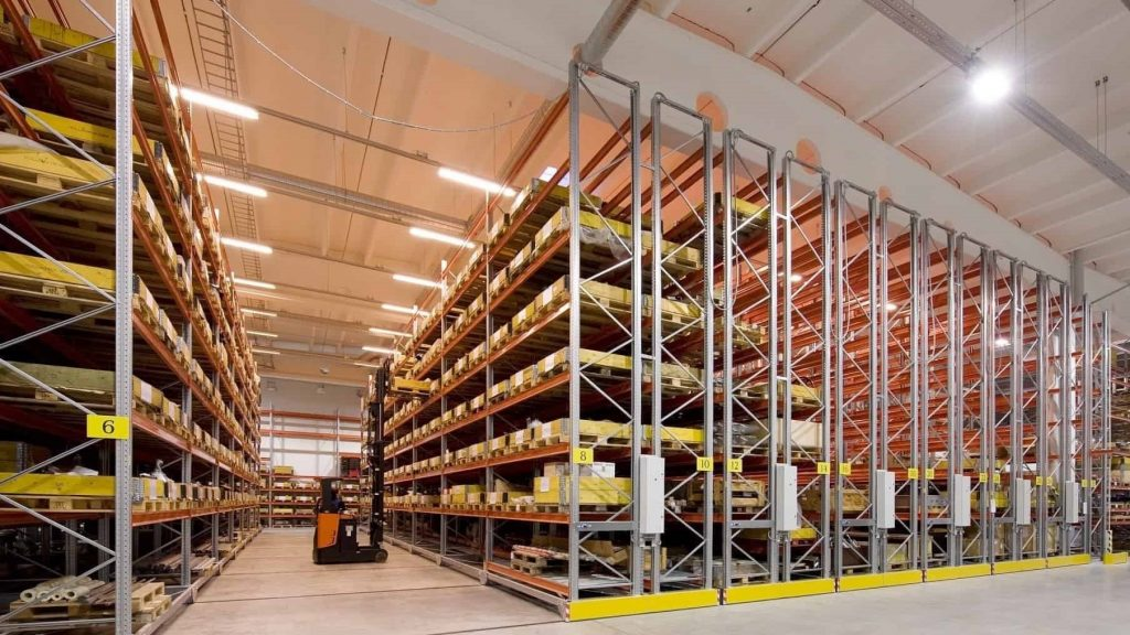 Mobile Pallet Racking - Apex Companies
