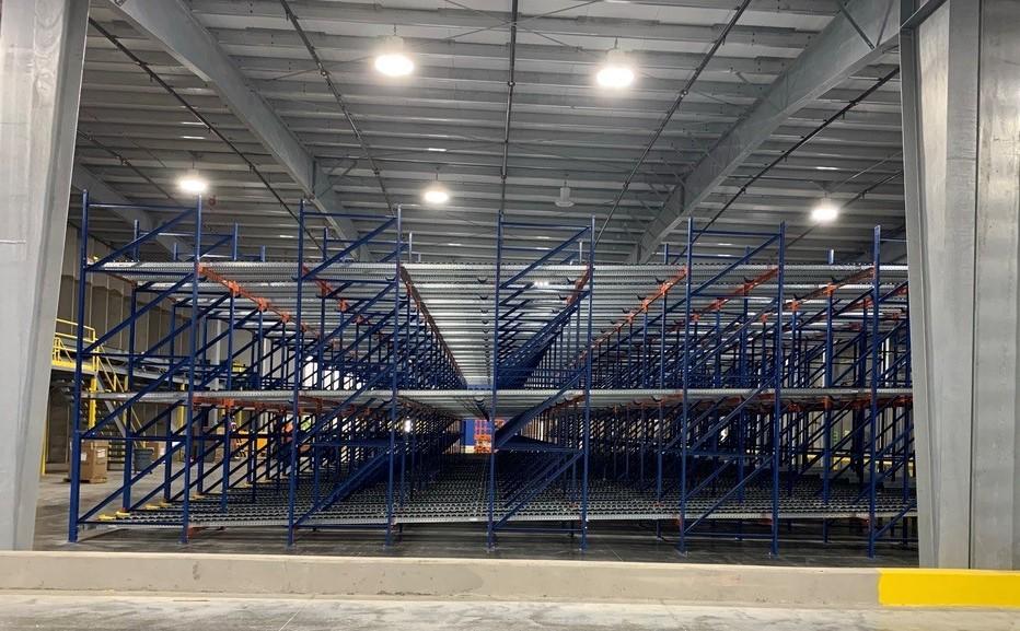 Pallet Flow Rack - Apex Companies