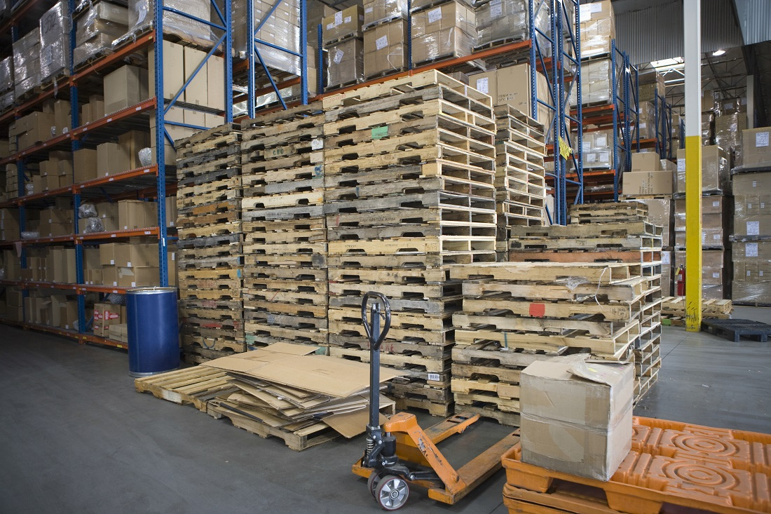 Pallet Stacking & Warehouse Safety - Apex Safety Spotlight